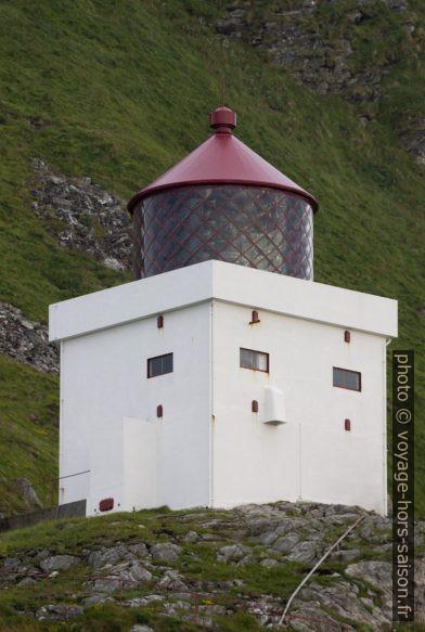 Lanterne et tour du phare de Runde. Photo © André M. Winter