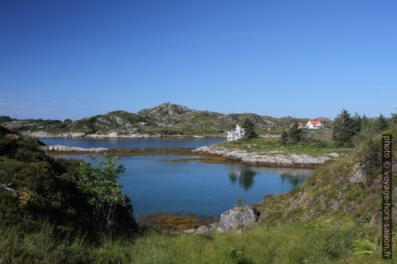 Grønolmen et Storsandøya. Photo © Alex Medwedeff