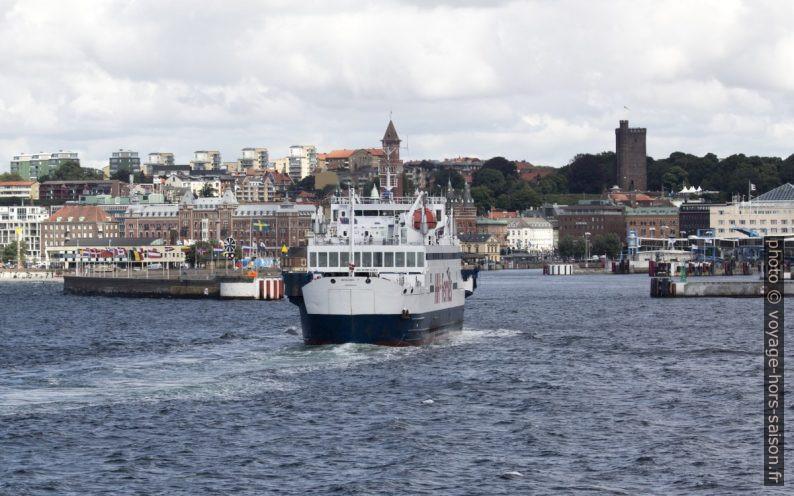 Le HH-Ferry Mercandia IV entre dans le port de Helsingborg. Photo © André M. Winter