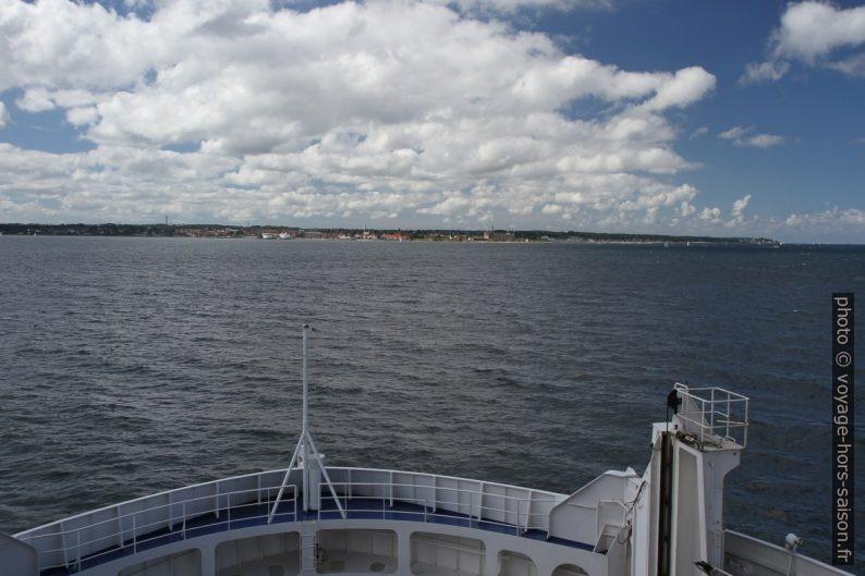 Notre ferry met le cap sur Helsingør. Photo © Alex Medwedeff