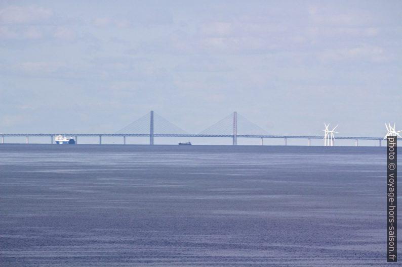 Piliers centraux du pont de l'Øresund. Photo © André M. Winter