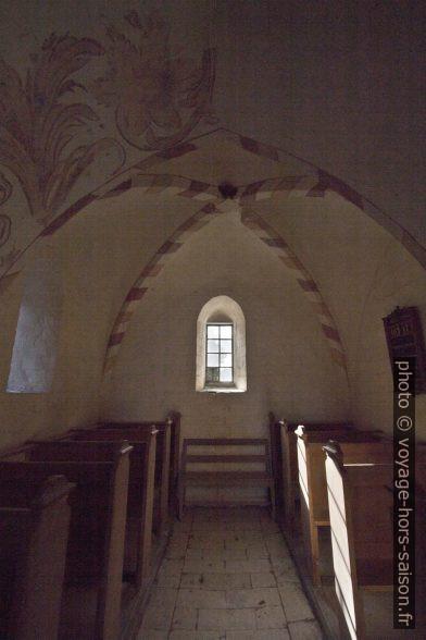 Nef arrière sans portail de l'ancienne église de Højerup. Photo © André M. Winter