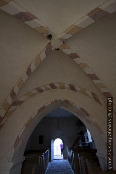 Voûtes croisées dans l'ancienne église de Højerup. Photo © André M. Winter