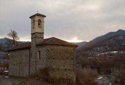 Chapelle Santa Maria Annunziata au lever du soleil. Photo © Alex Medwedeff
