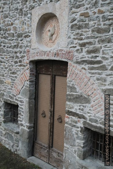 Détail de la porte de la chapelle Santa Maria Annunziata. Photo © Alex Medwedeff