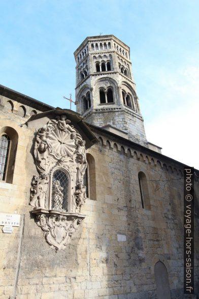 Façade latérale et clocher de la Chiesa di San Donato. Photo © André M. Winter