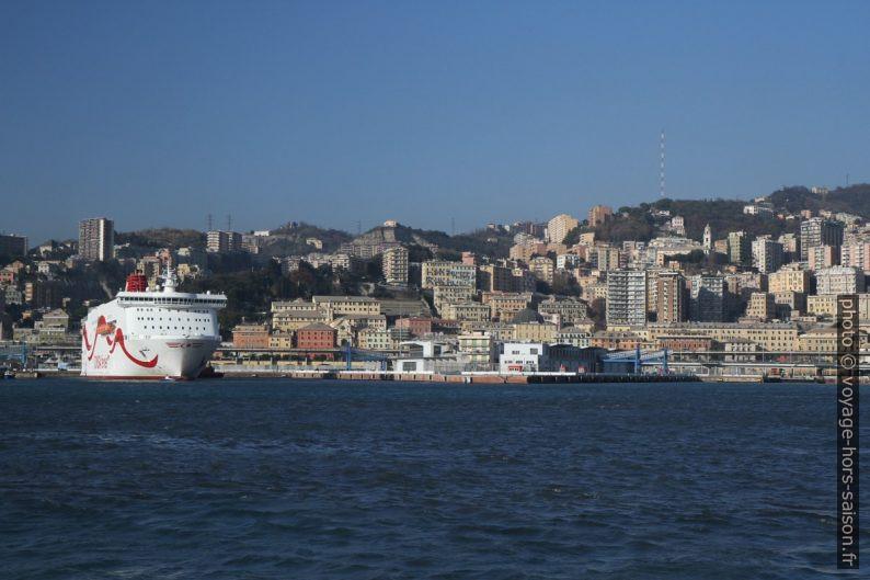 Porto Antico et le quartier San Teodoro de Gênes. Photo © Alex Medwedeff