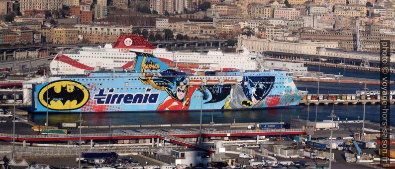 Ferry Sharden de Tirrenia. Photo © André M. Winter