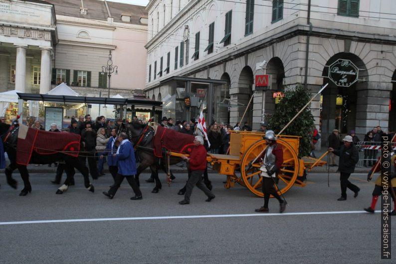 La cérémonie du Confuoco à Gênes. Photo © Alex Medwedeff