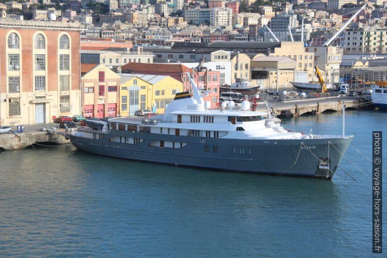 Yacht Altair à Gênes. Photo © André M. Winter