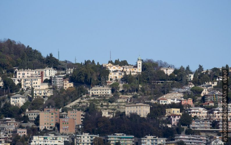 Maisons autour de la Salita a Porta della Chiappe. Photo © André M. Winter