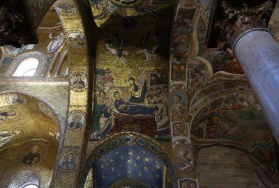 Dormition de la Vierge en mosaïque dans l'église de la Martorana. Photo © André M. Winter