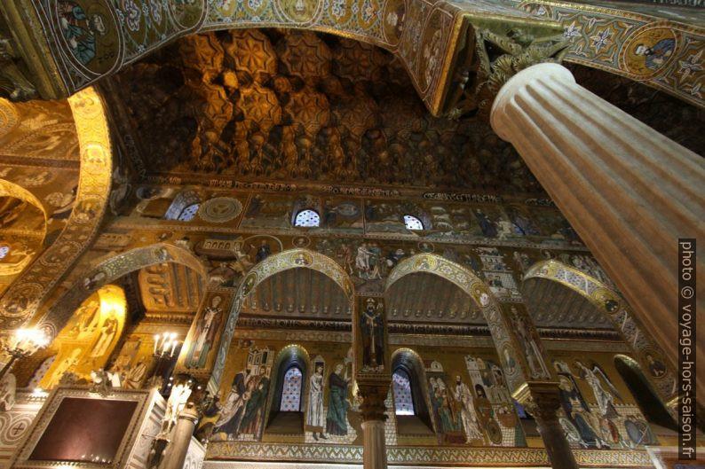 Voûtes et plafond ouvragé à la manière arabe de la Chapelle Palatine. Photo © André M. Winter