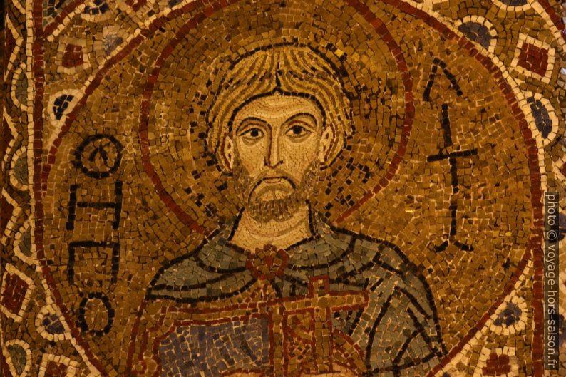 Détail de mosaïque d'un saint dans la Chapelle Palatine. Photo © André M. Winter