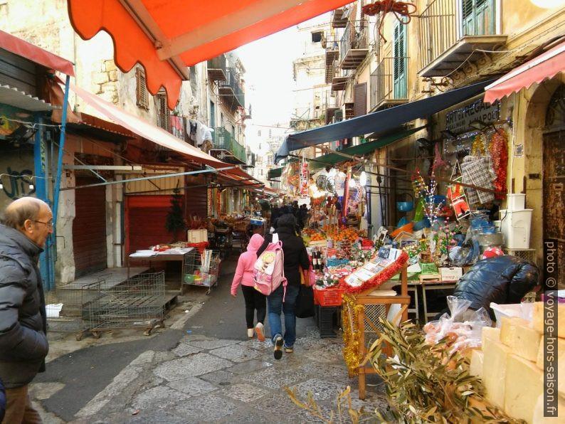 Il mercato Ballarò di Palermo. Photo © André M. Winter