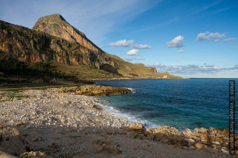 Monte Cofano et la Tonnara del Confano. Photo © Alex Medwedeff