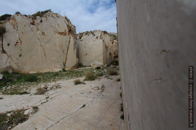 Dans la carrière de marbre délaissée du Monte Monaco. Photo © André M. Winter