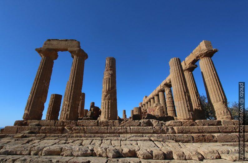 Face est du Temple d'Héra à Agrigente. Photo © André M. Winter