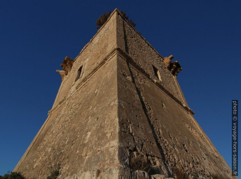 Torre Manfria. Photo © André M. Winter