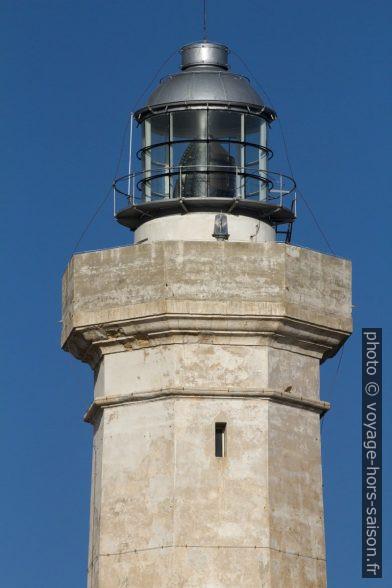 Lanterne du phare de Cozzo Spadaro. Photo © André M. Winter