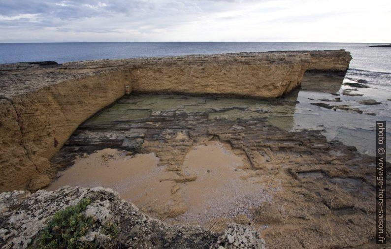 Carrière grecque antique de la Punta della Mola. Photo © André M. Winter
