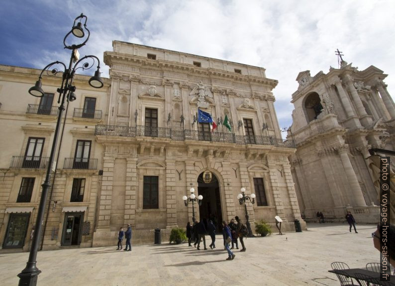 Palazzo Vermexio et la mairie de Syracuse. Photo © Alex Medwedeff