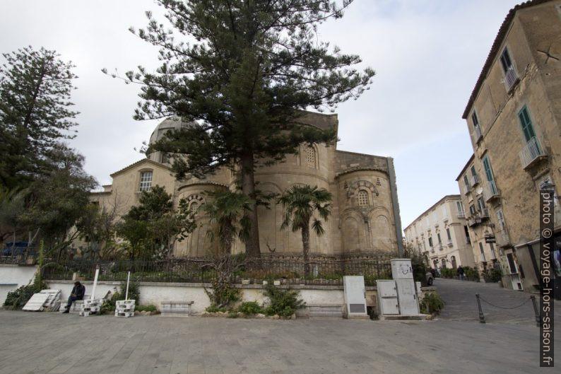 Abside et absidioles du Duomo di Tropea. Photo © André M. Winter