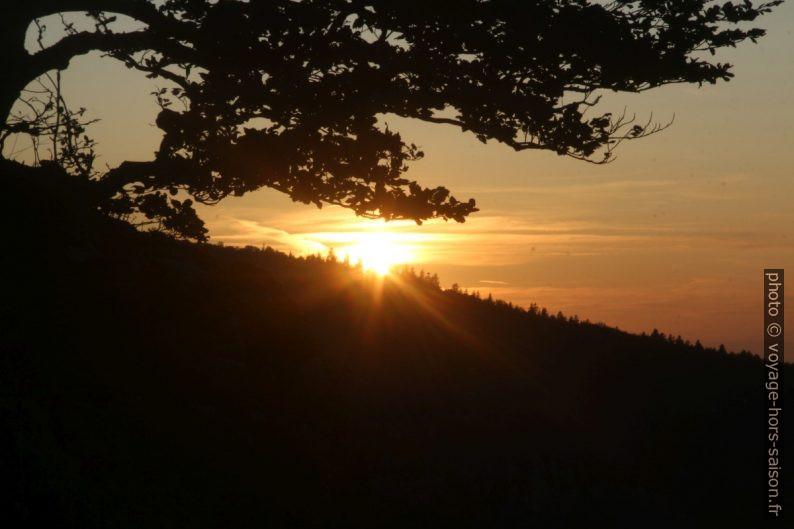 Coucher de soleil vu des Rochers du Bournillon. Photo © André M. Winter