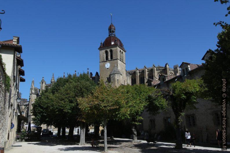 L'Abbatiale de St. Antoine vue de la Grande Cour. Photo © André M. Winter