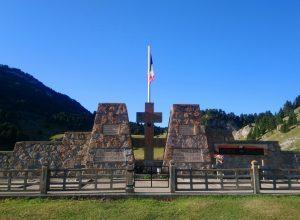 Monument de la Résistance au Pas de l'Aiguille. Photo © André M. Winter