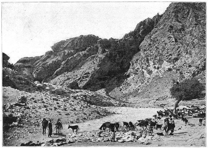 Un puits dans le Khrangat Touninn (Défilé de Touninn)