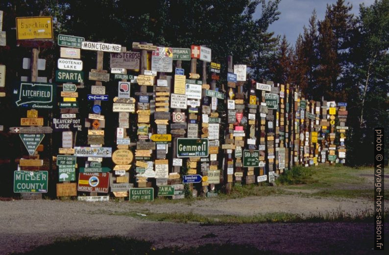 Signpost forest Watson Lake. Photo © André M. Winter