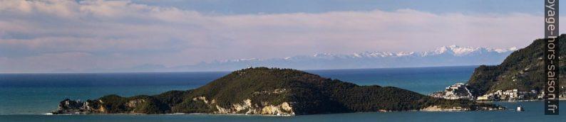 Isola Palmeria et Portovenere. Photo © André M. Winter