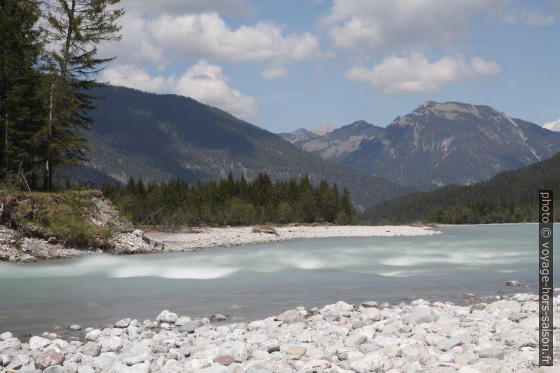 Photographie longue exposition de la rivière Lech. Photo © Alex Medwedeff