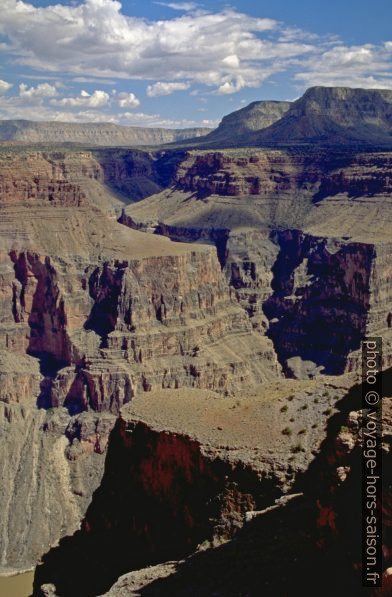Hogan Spring est un canyon latéral du Grand Canyon. Photo © André M. Winter