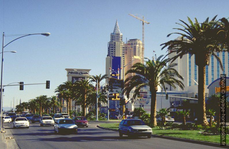 Affichage de la température sur le Las Vegas Boulevard. Photo © André M. Winter