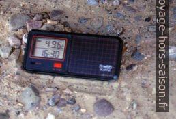 Le thermomètre affiche 49.6°C. Photo © André M. Winter