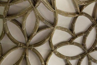 Nervures de voûtes curvilignes de la Marienkirche à Königswiesen. Photo © Alex Medwedeff