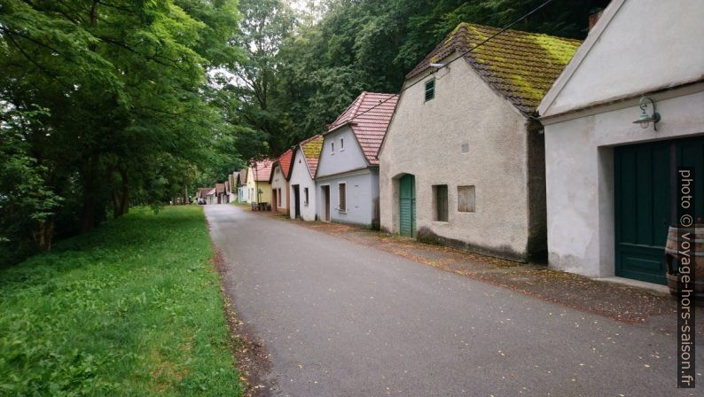 Maisons à presse de l'Eichberger Kellergasse. Photo © André M. Winter