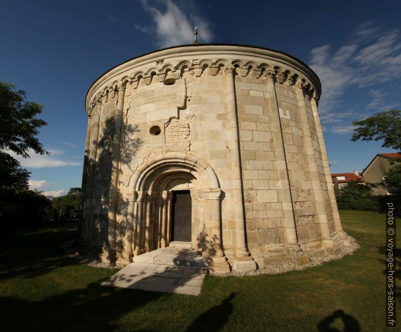 Chapelle romane ronde Jean le Baptiste à Petronell. Photo © André M. Winter