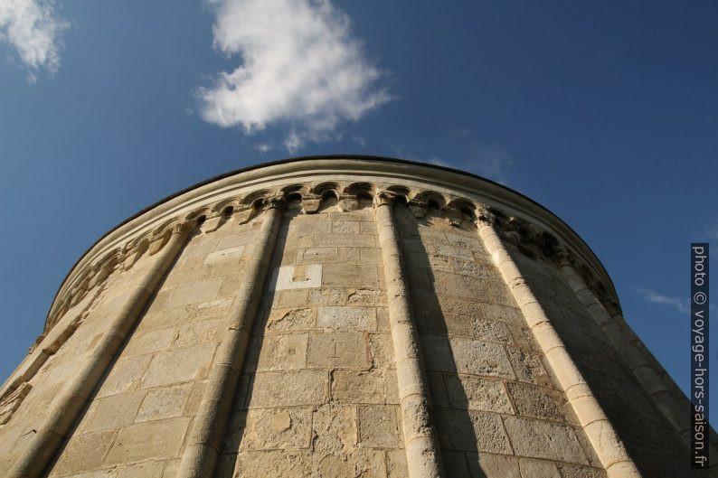 Face extérieure de la chapelle ronde Jean le Baptiste à Petronell. Photo © André M. Winter