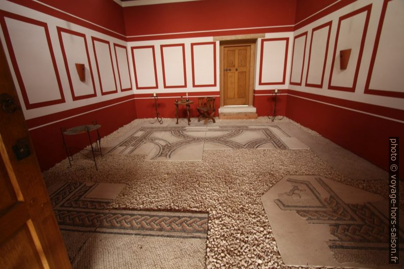 Mosaïques dans la maison Domus Quarta à Carnuntum . Photo © André M. Winter