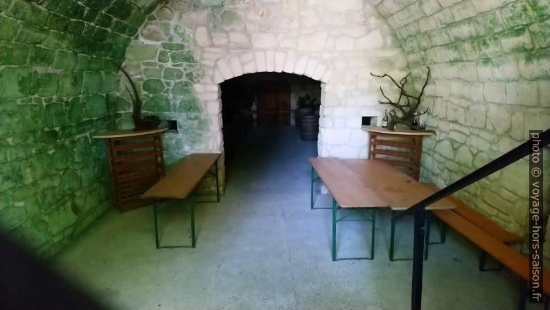 L'intérieur d'une cave à vin à Purbach. Photo © André M. Winter