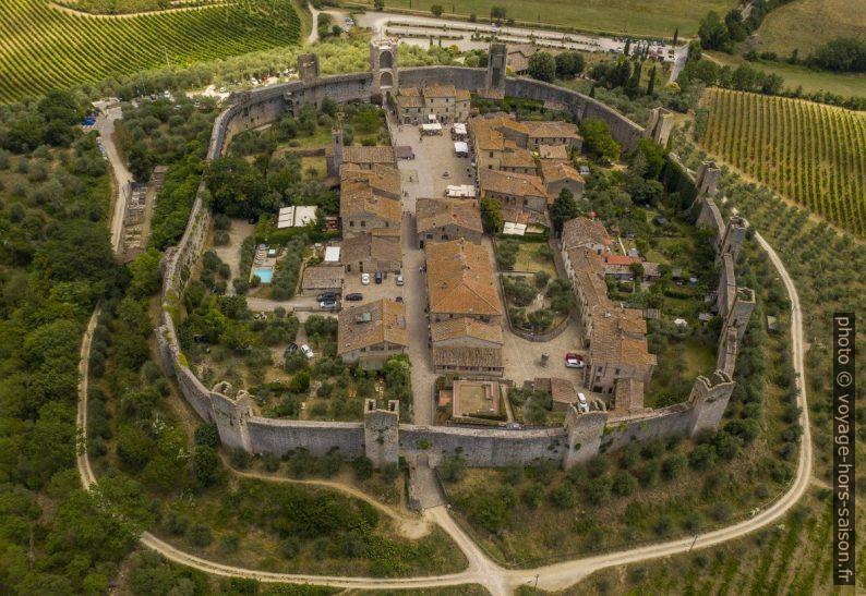 Monteriggioni vu de l'ouest en drone. Photo CCSA4 Maurizio Moro5153