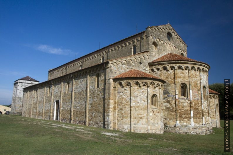 Basilica di San Pietro Apostolo. Photo © Alex Medwedeff