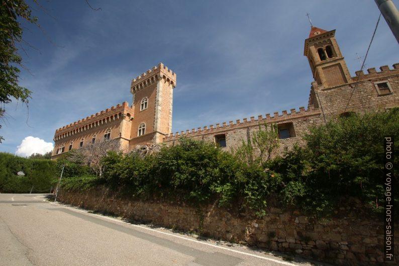 Il Castello di Bolgheri. Photo © André M. Winter
