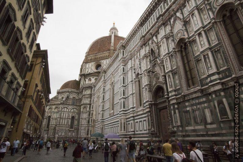La face nord de la cathédrale de Florence. Photo © André M. Winter