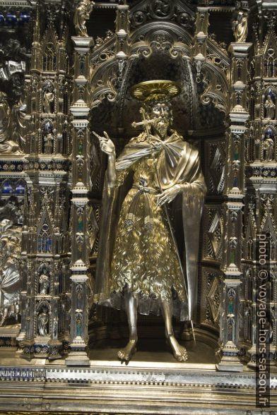 Détail du l'autel en argent du baptistère de Florence. Photo © André M. Winter
