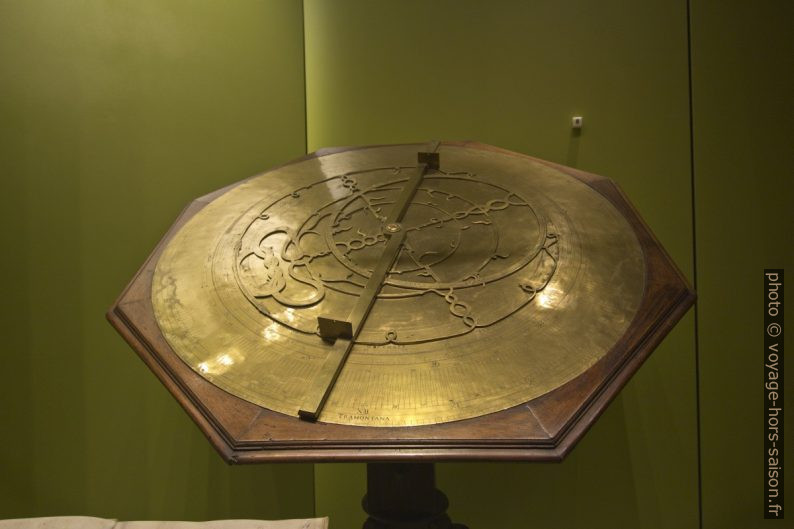 Astrolabe du 16e siècle. Photo © André M. Winter