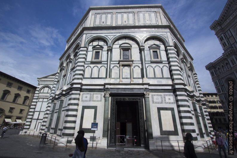 La façade sud Baptistère Saint-Jean de Florence. Photo © André M. Winter